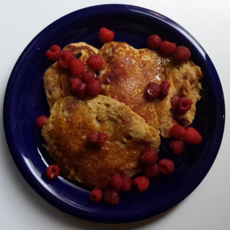Whole Wheat Raspberry Yogurt Pancakes - Vegetal Matters