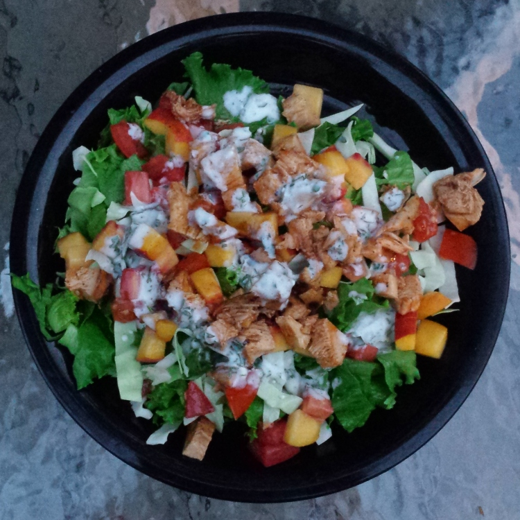 Barbecue Chicken Salad with Tomato, Peaches, and Goat Cheese Ranch Dressing - Vegetal Matters