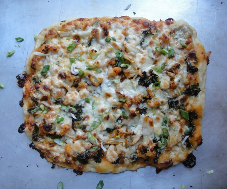 Buffalo Cauliflower Pizza - Vegetal Matters